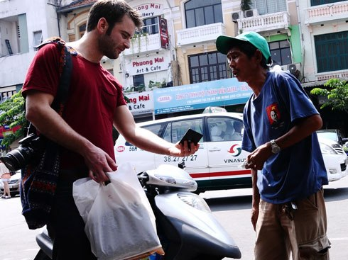 Nha Trang offers reward for reporting beggars