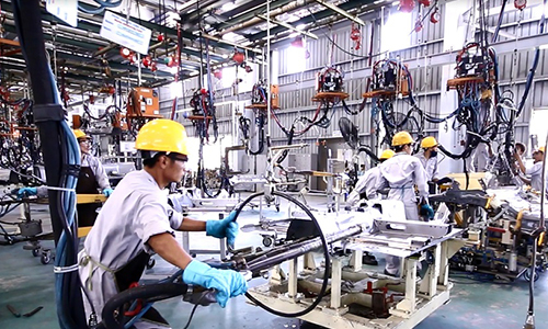 Processing and manufacturing industry records positive start to 2016