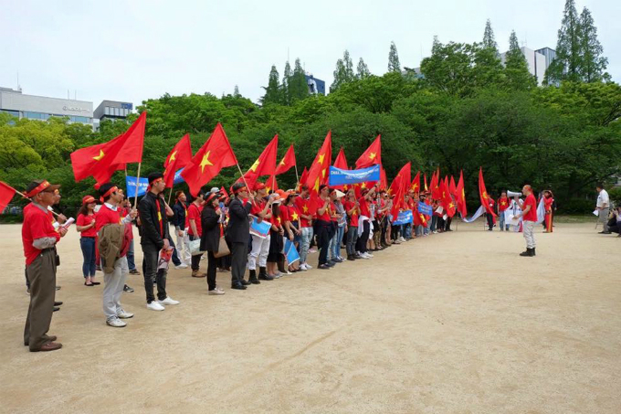 vietnamese-protest-in-japan-against-chinas-illegal-east-sea-moves-7