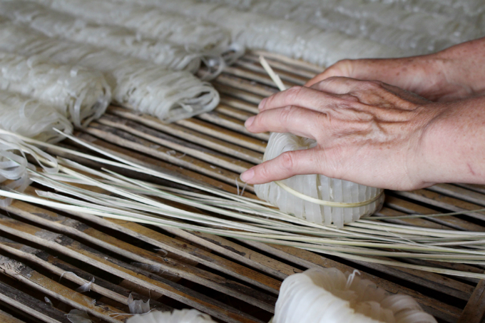 dried-noodles-bread-and-butter-income-for-locals-in-mountainous-province-6