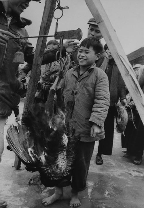 vietnamese-children-in-war-time-photos-6