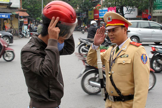 How to detect fake cops in Vietnam? Tips to help you avoid being robbed