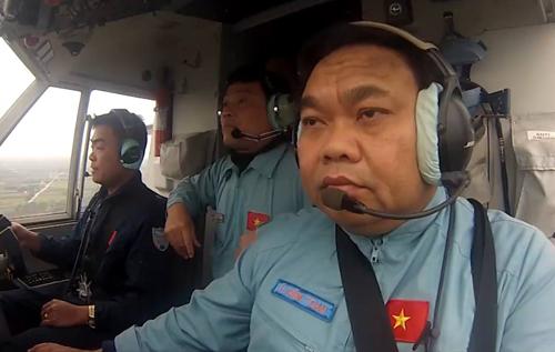 CASA-212 crew before the crash.