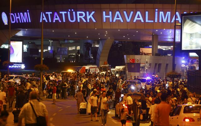 suicide-bombs-kill-36-wound-close-to-150-at-istanbul-airport-islamic-state-suspected-behind-2