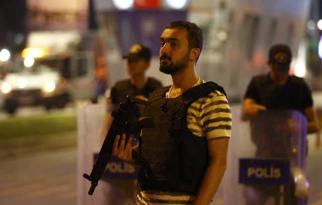 suicide-bombs-kill-36-wound-close-to-150-at-istanbul-airport-islamic-state-suspected-behind-1