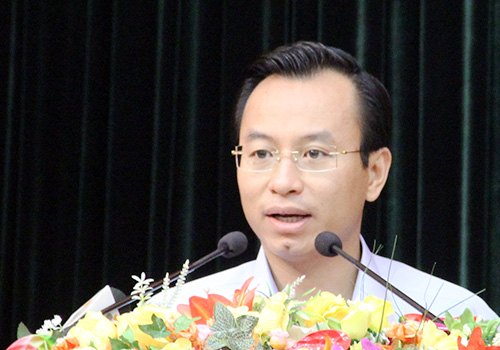 Vietnam to punish obnoxious Chinese tourists and guides