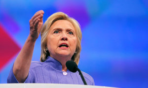 Trump must be defeated, says Clinton in Ohio