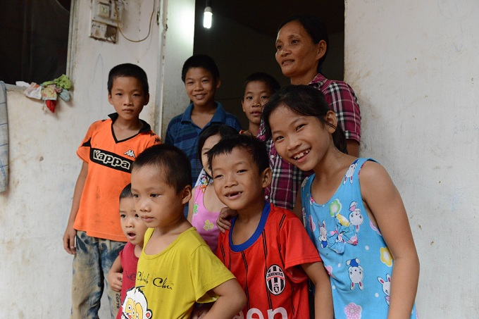 The life of a widow with 14 children