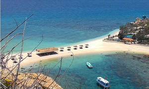 The one of a kind double beach in Nha Trang