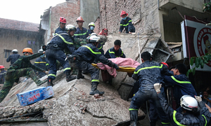 Hanoi launches criminal probe into deadly house collapse