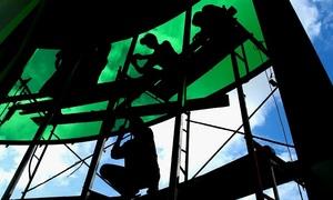 Vietnam gov't sanctions lowest minimum-wage bump in a decade