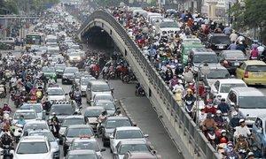 Hanoi hits speed bump on road to motorbike-free city