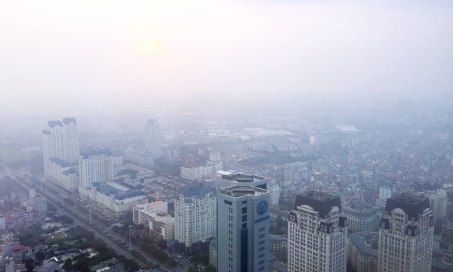 Choking smog makes Hanoi world's second most polluted city