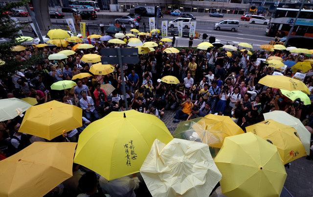 Thailand detains Hong Kong pro-democracy activist Joshua Wong