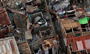 Hurricane Matthew killed at least 283 in Haiti, corpse in street, no aid