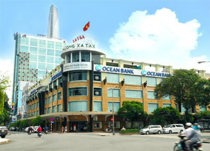 a-look-back-at-saigons-landmark-tax-center-before-it-turns-to-dust-ed-6