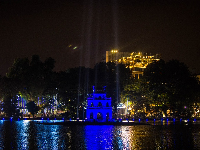 Turtle Tower shines blue in Hanoi to mark World Diabetes Day