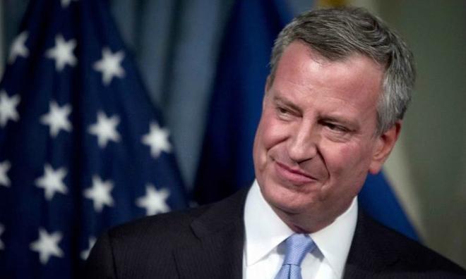 New York will 'protect' immigrants, mayor tells Trump