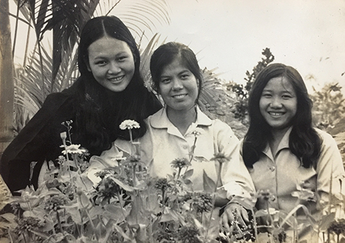 vietnam-fashion-in-the-1980s-1