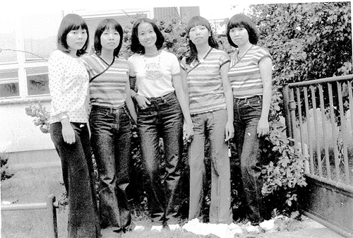 vietnam-fashion-in-the-1980s-3