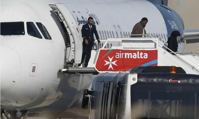 Passengers freed from plane hijacked by Gaddafi loyalists