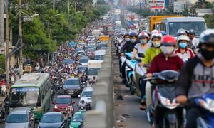 Saigon jammed ahead of New Year Holiday