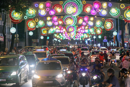 A scene of the street in the downtown Ho Chi Minh City on Saturday evening