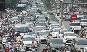 Hanoi offers $200,000 prize to solve worsening traffic jams