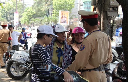 6 things Vietnamese do to swerve traffic fines