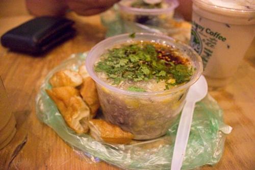 4-matt-five-saigon-restaurants-prove-that-size-doesnt-matter-4