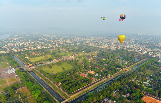 centuries-old-walls-show-off-vietnams-royal-power