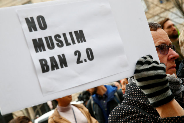 More states seek to halt Trump's new travel ban in court