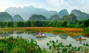 Shooting on location at Vietnam's beauty spots