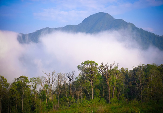 top-of-the-world-5-cloudy-heavens-for-trekkers-in-vietnam-1
