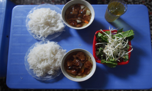 On the hunt for Hanoi's perfect bun cha