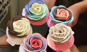 The internet loves this flowery Saigon ice cream. Do you?
