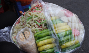 Serving up a storm: Da Nang market gives you a true taste of Vietnamese street food