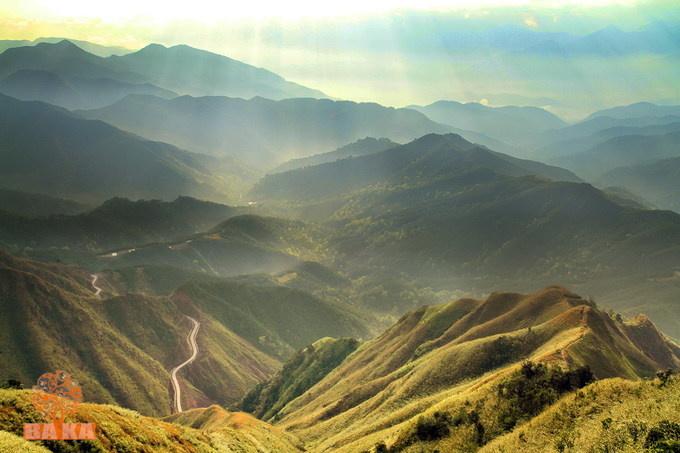 pitch-a-tent-and-light-a-bbq-at-vietnams-top-hillside-getaways-3