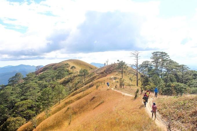 pitch-a-tent-and-light-a-bbq-at-vietnams-top-hillside-getaways-6