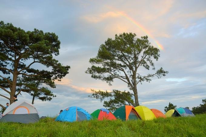 pitch-a-tent-and-light-a-bbq-at-vietnams-top-hillside-getaways-7
