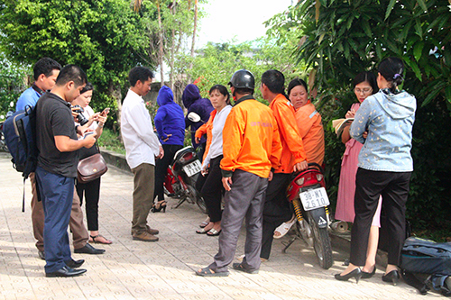Unpaid workers go on strike at ministry-run transport firm in Vietnam