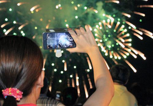 saigon-sets-the-fuse-for-return-of-independence-day-fireworks