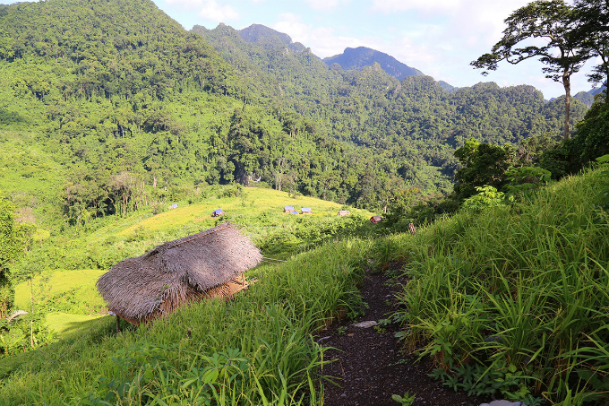 climbing-into-vietnams-mountains-where-rice-grows-in-the-skies