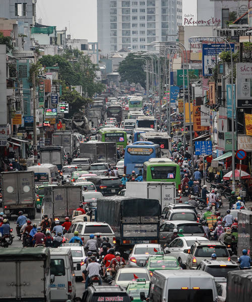 congestion-hits-saigon-and-hanoi-again-as-migrants-go-home-for-national-day-3