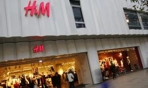 H&M cuts prices to shift leftover summer clothes