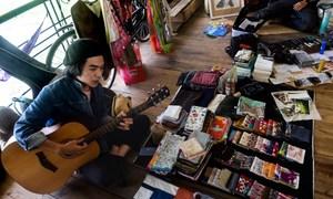 Heartache for sale at Vietnam's ex-lovers market