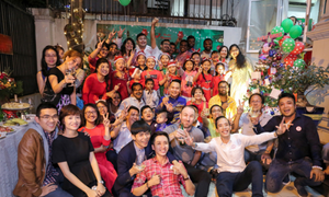 Expats feel like home at Saigon's Christmas and New Year parties