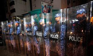 Vietnam warns citizens away from Maldives amid political crisis