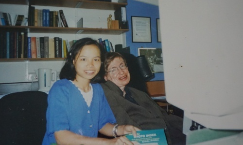 Vietnamese godchild of Stephen Hawking remembers strict and loving father