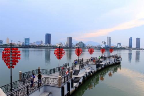 Hướng dẫn viên du lịch bị phạt vì để du khách Trung Quốc truyền bá xuyên tạc sự thật lịch sử Việt Nam